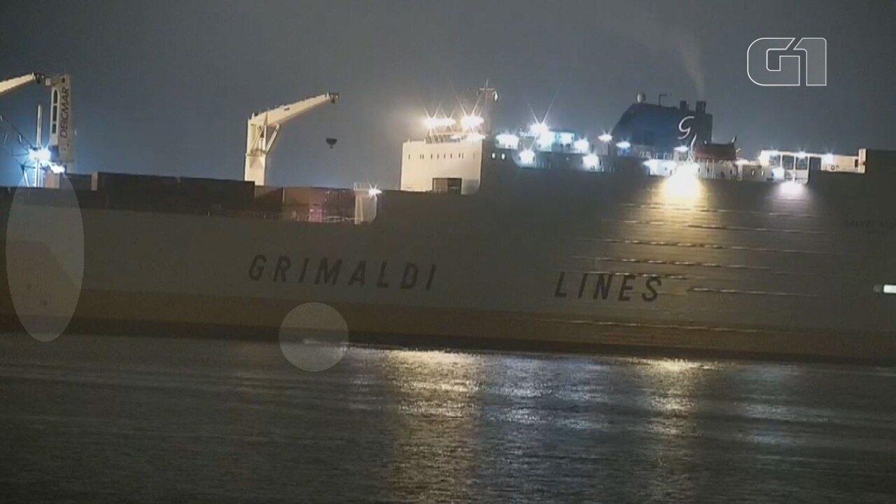 Narcotraficantes embarcam mais de 1 tonelada de cocaína em navio no Porto de Santos, SP