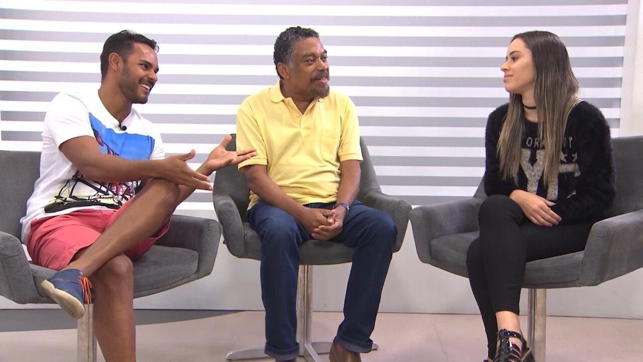 Professor Jorge Portugal e youtuber Camilla Sales falam sobre a evolução do português