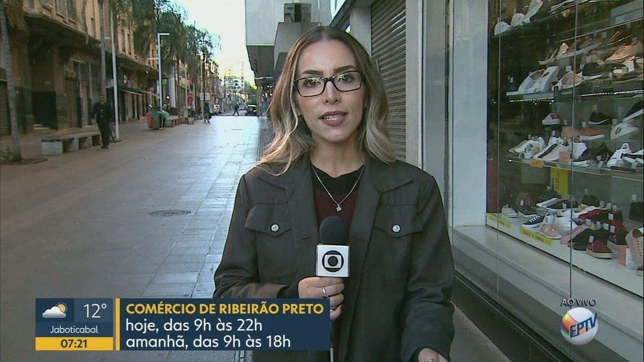 Comércio funciona em horário especial para o Dia dos Pais em Ribeirão Preto, SP