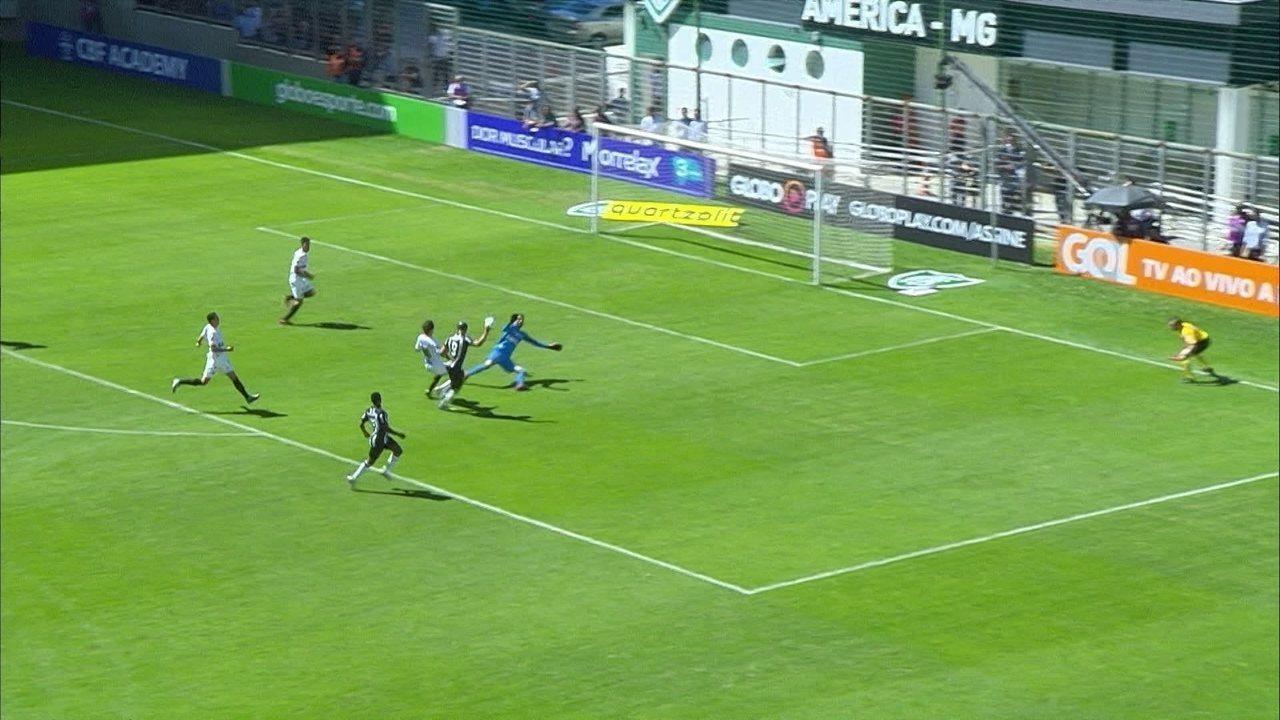 Falhas do Santos geram os gols do Atlético-MG na partida no Independência