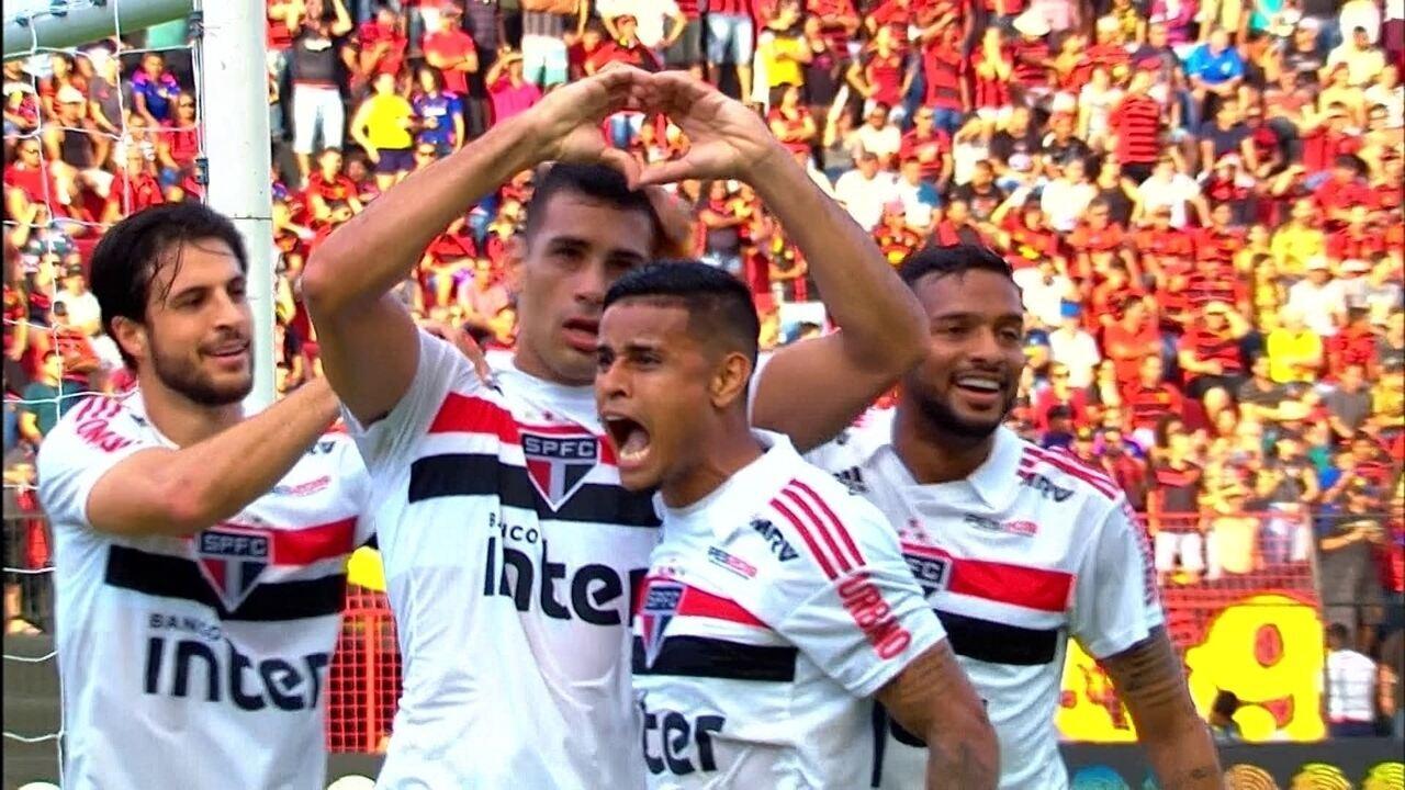 Gol do São Paulo! Everton cruza e Diego Souza domina com estilo e marca aos 29 do 1º tempo