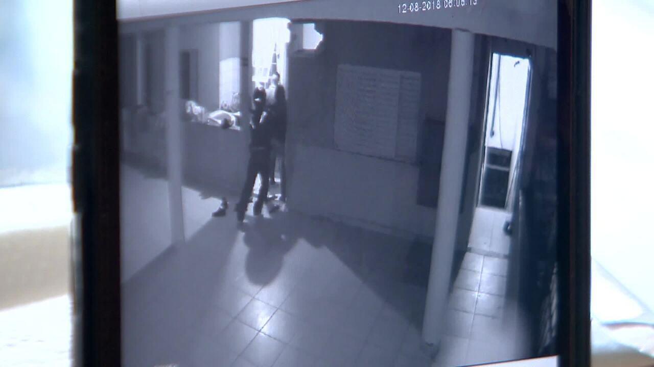 Funcionário de churrascaria é baleado após ser amarrado em assalto no ES