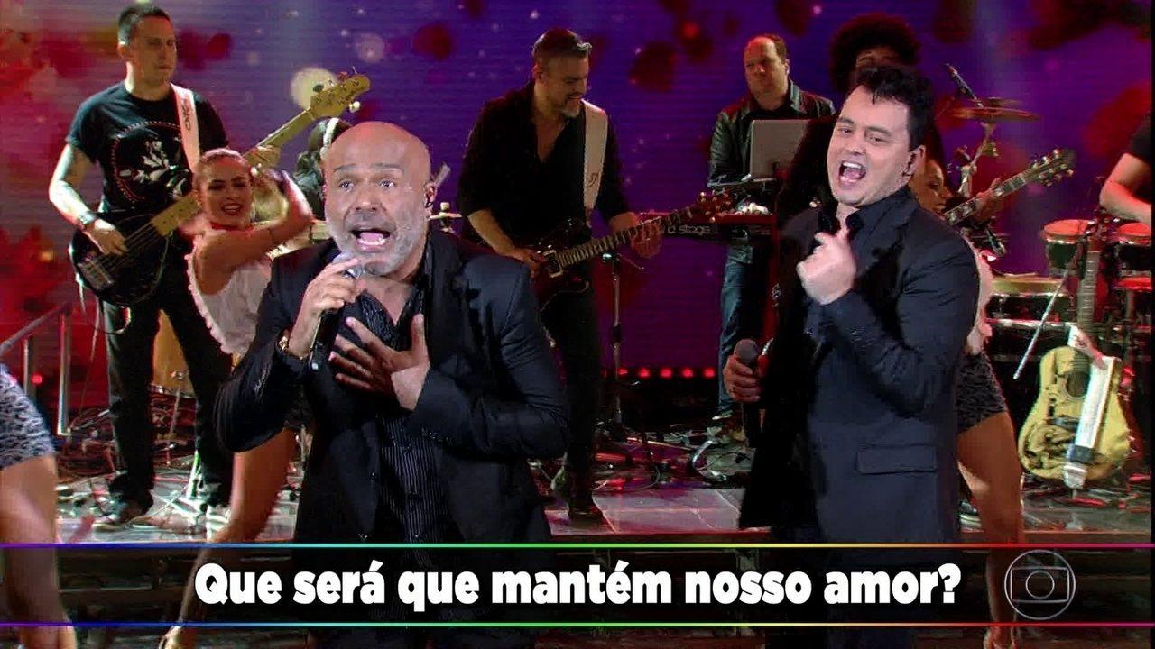 Rick e Renner cantam sucesso 'Cara De Pau'