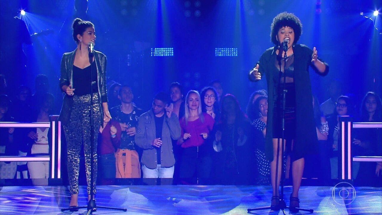 "Larissa Viana e Tamires Braga cantam ""One And Only"""