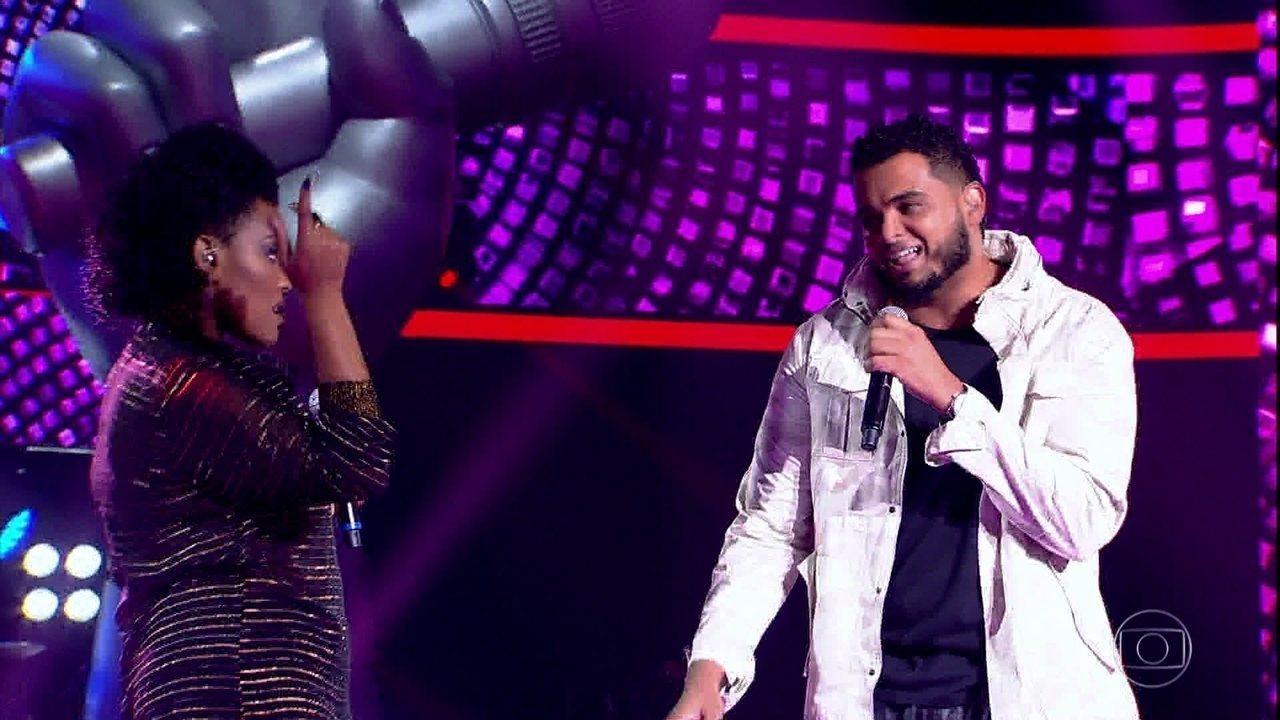 """Alan Camargo e Andressa Hayalla cantam """"Te Pegar"""""""