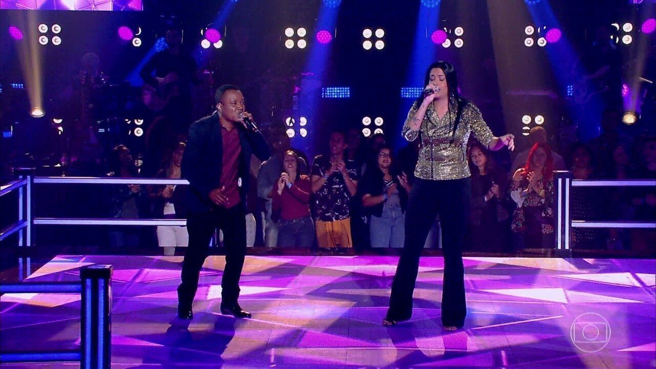 """Edson Carlos e Larice Barreto cantam """"Apelido Carinhoso"""""""