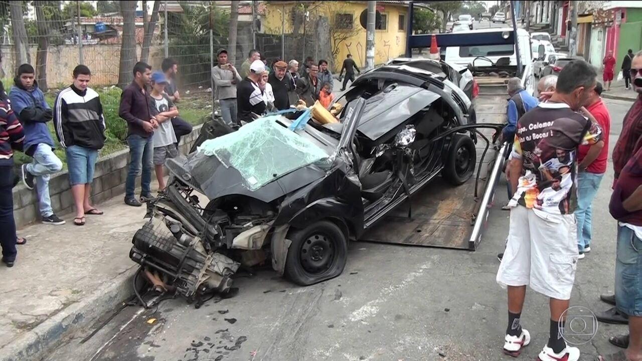 Cinco jovens morrem em acidente grave em Guarulhos
