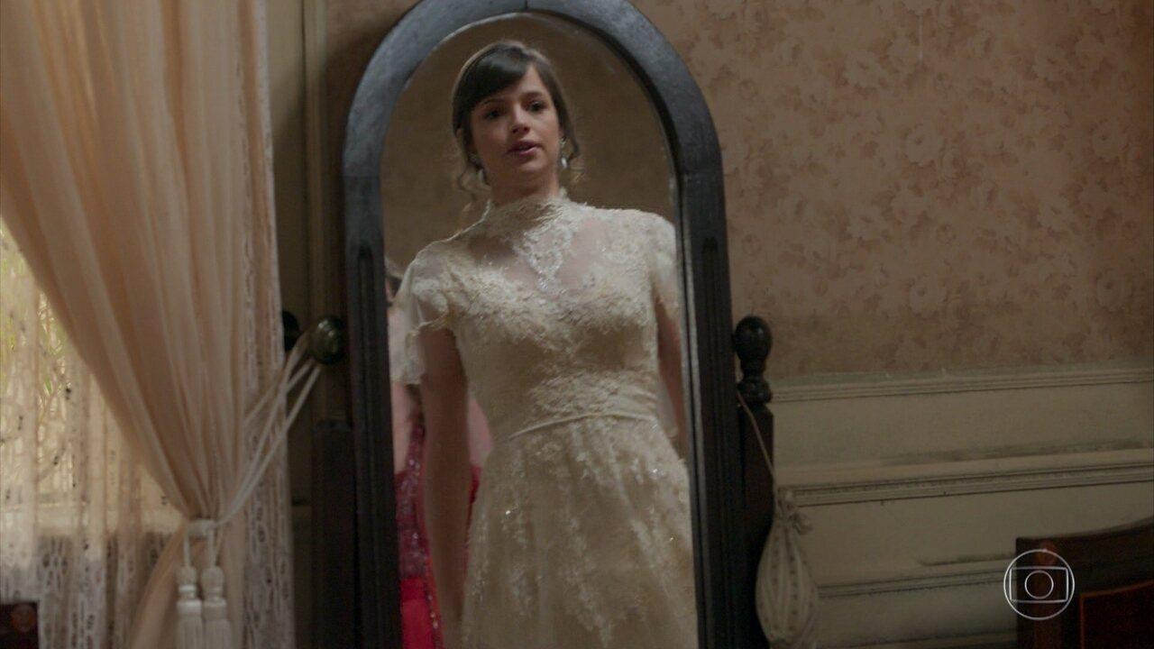 Ludmila e Elisabeta vestem Ema para o casamento surpresa