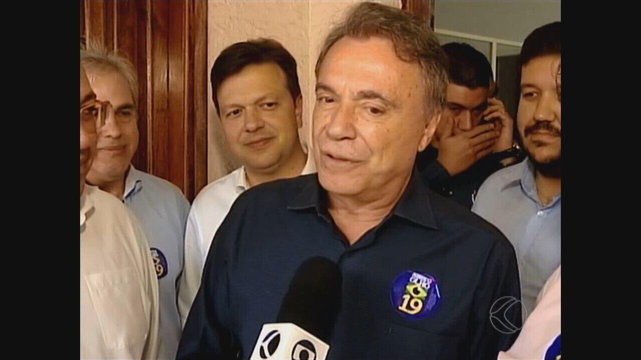 Candidato Alvaro Dias faz campanha em Uberlândia