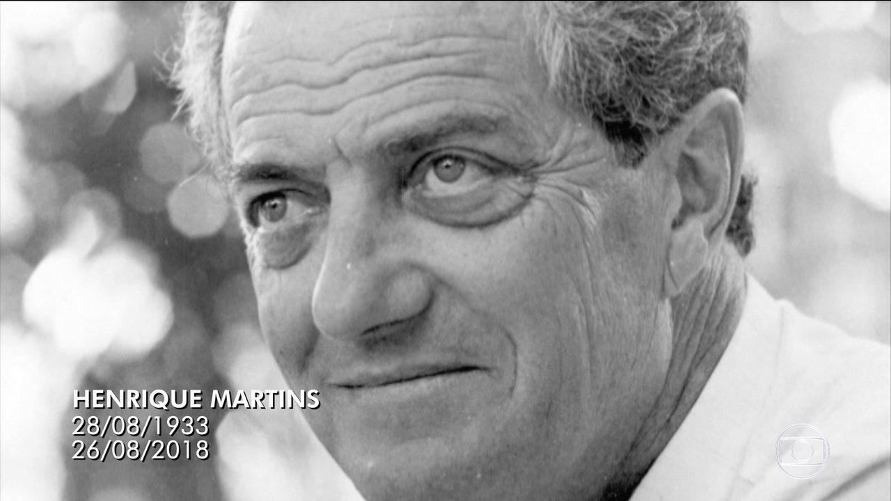 Corpo do ator e diretor Henrique Martins é enterrado no Cemitério Israelita em SP