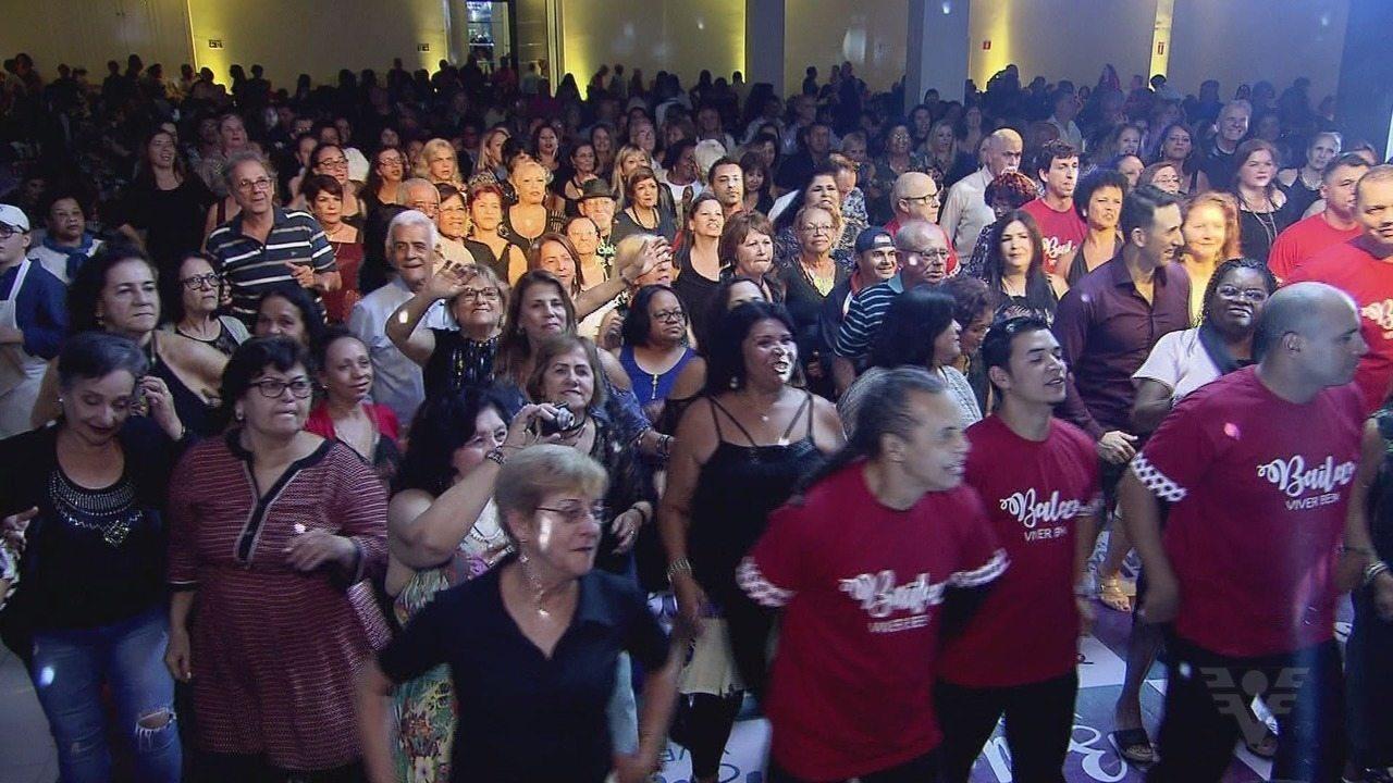 'Baila Viver Bem' anima participantes de todas as idades