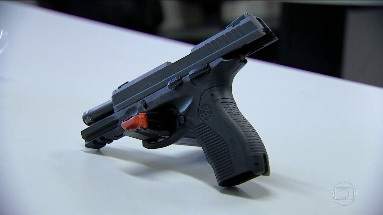 Corregedoria investiga casos de alunos da PM que usaram armas enquanto estavam de folga