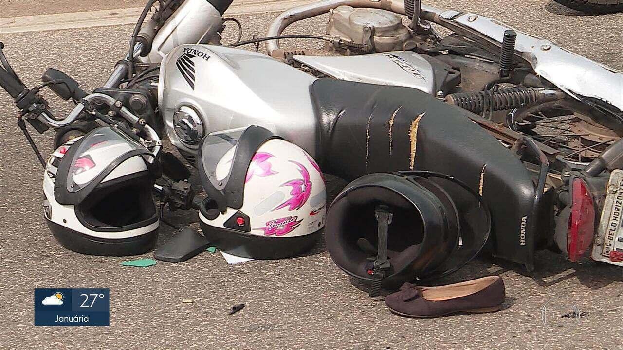 Mulher é atropelada por carreta ao cair de garupa de moto no Anel Rodoviário de BH