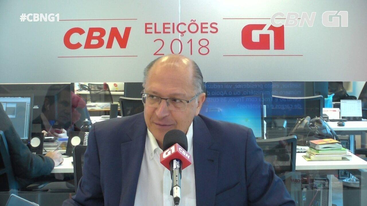 Alckmin fala sobre redução de ministérios e reforma política