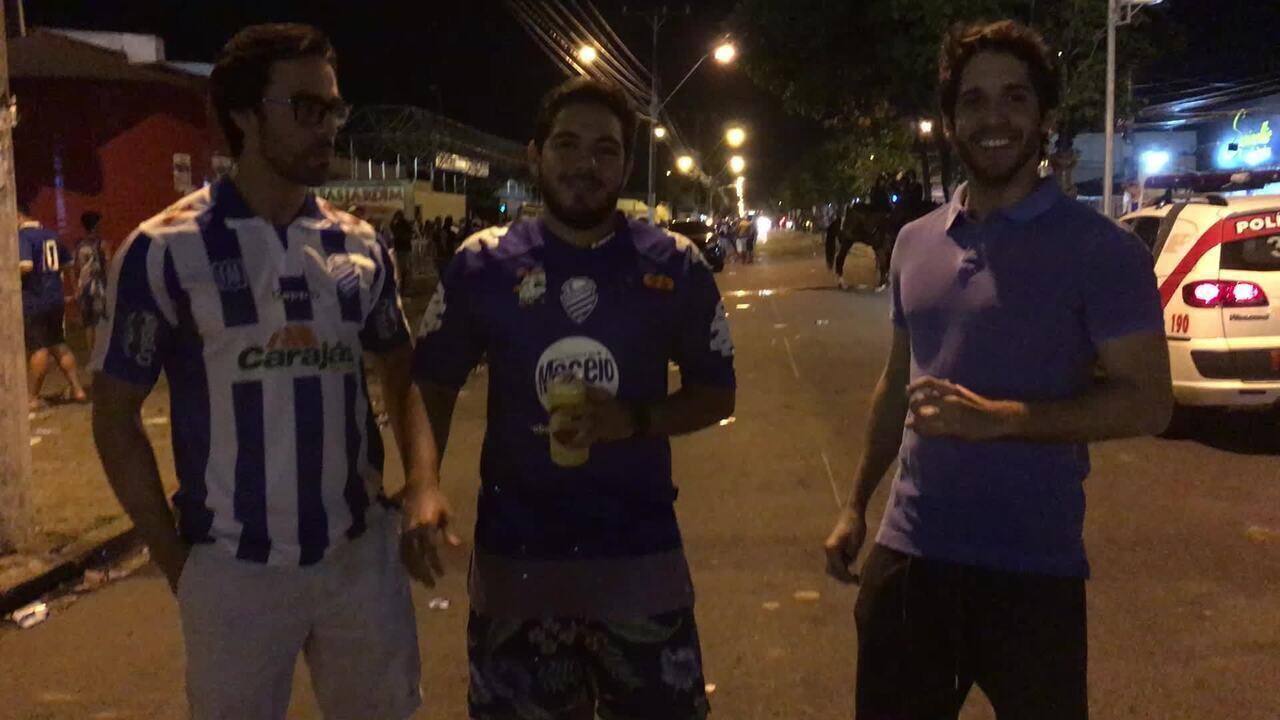 Torcedores do Azulão dando os seus palpites para o jogo diante o Londrina