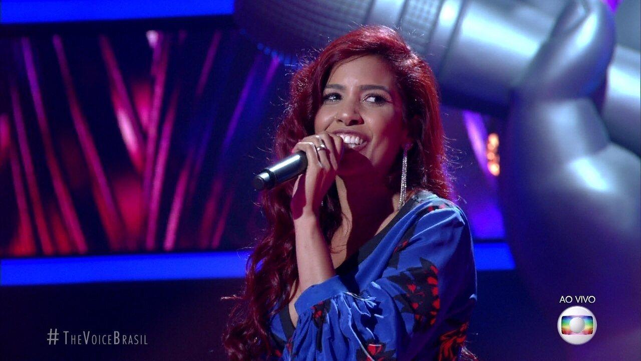 "Lia Gondim canta ""Magamalabares"""