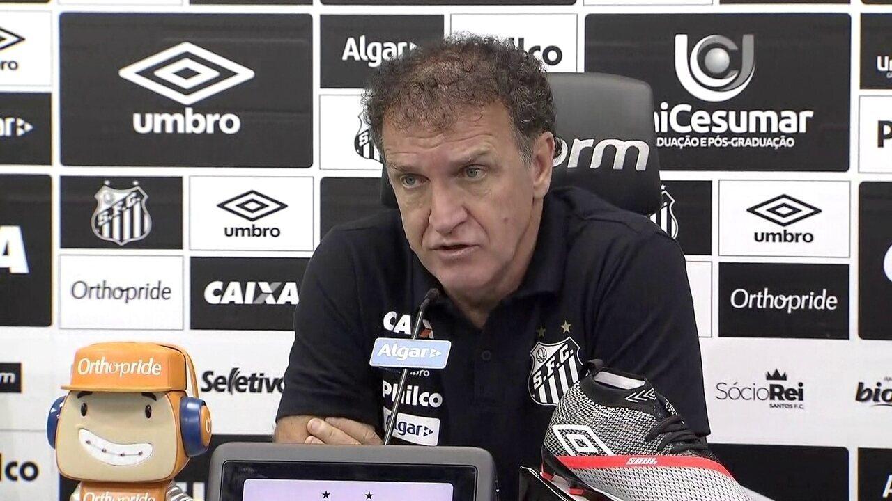 Entrevista coletiva do técnico Cuca, do Santos, nesta quarta-feira, 9 de setembro