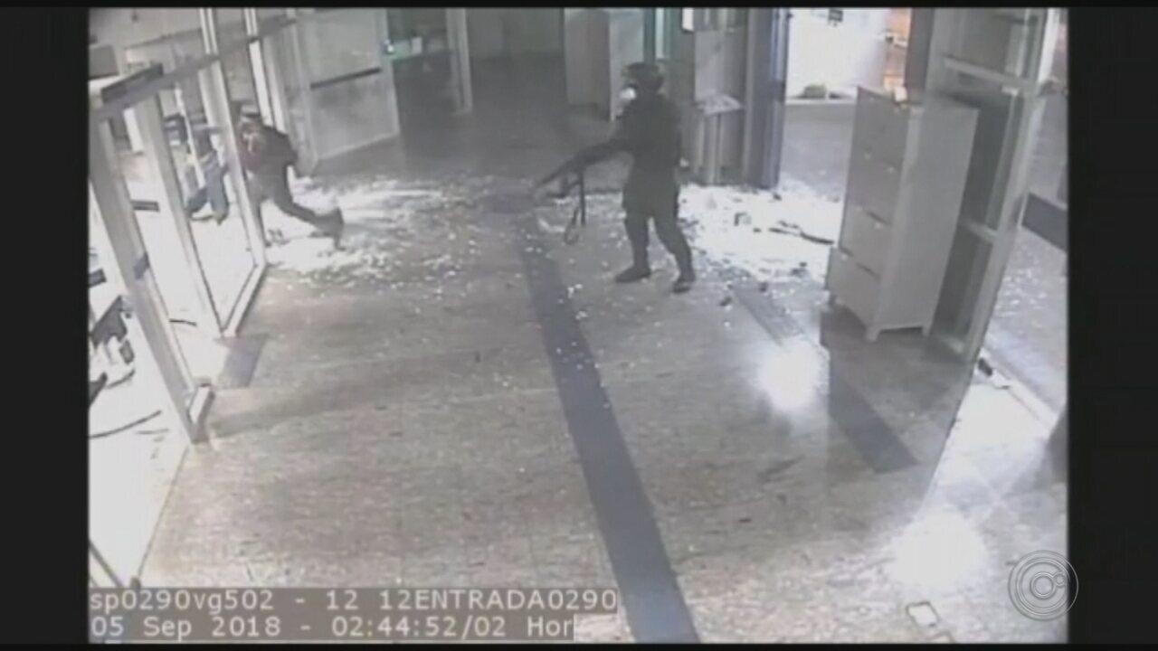 Polícia prende suspeitos de participar de ataque à agência bancária em Bauru