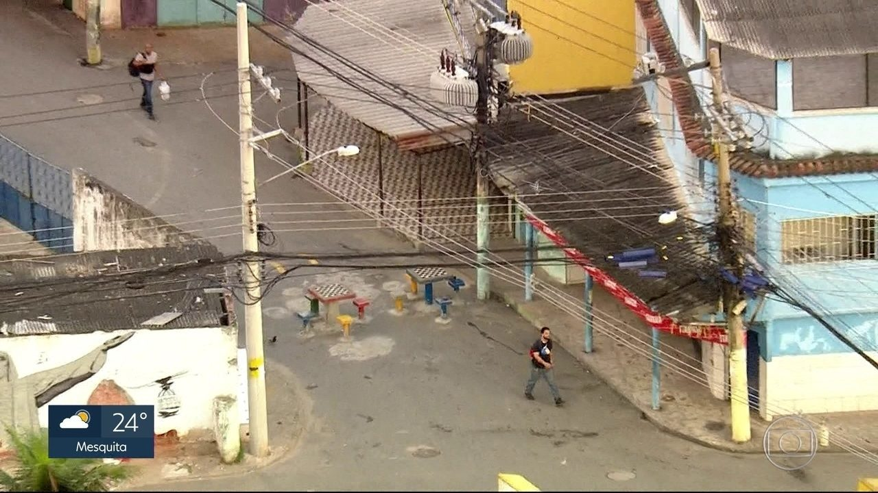 Denúncias sobre instalações de barricadas aumentam no Rio