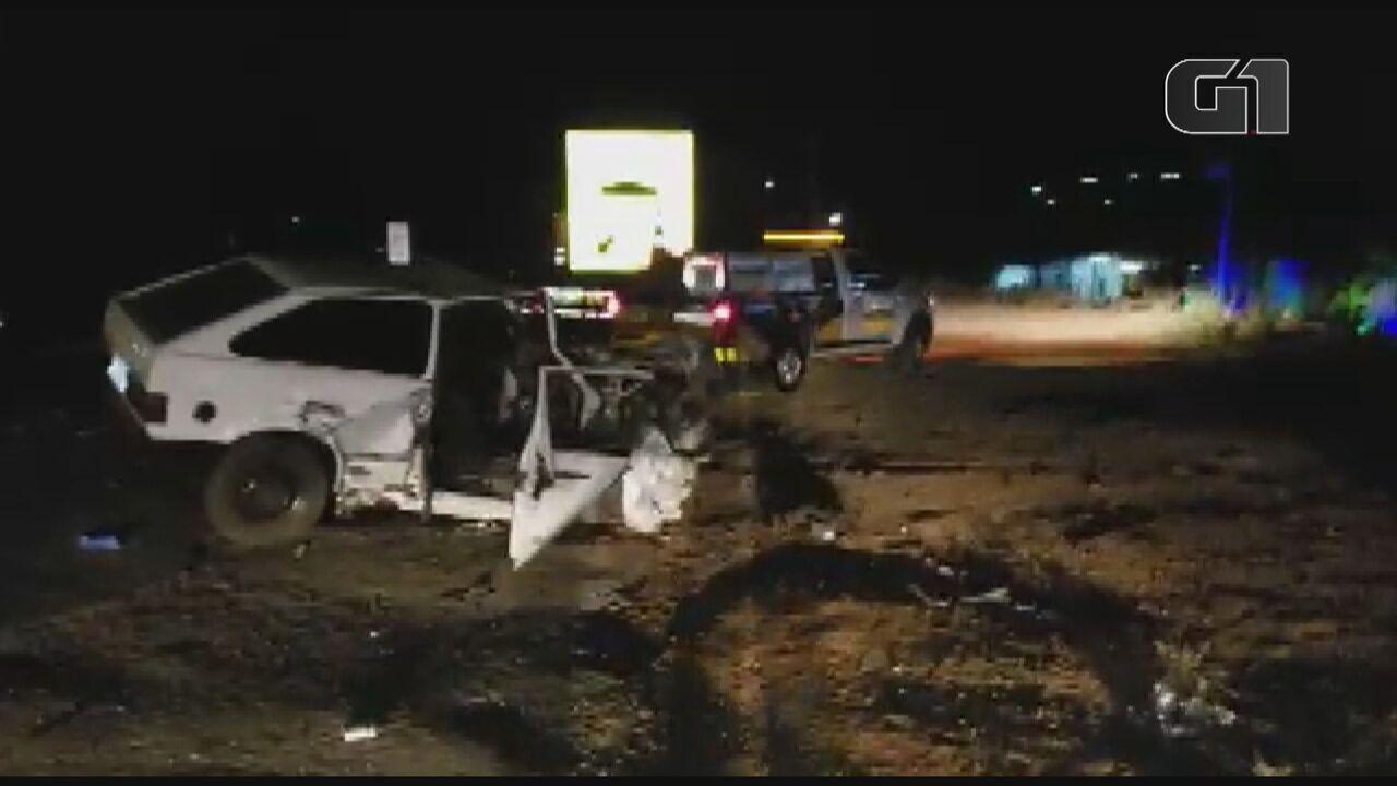 Mulher morre após colisão frontal na SP-342 em São João da Boa Vista, SP