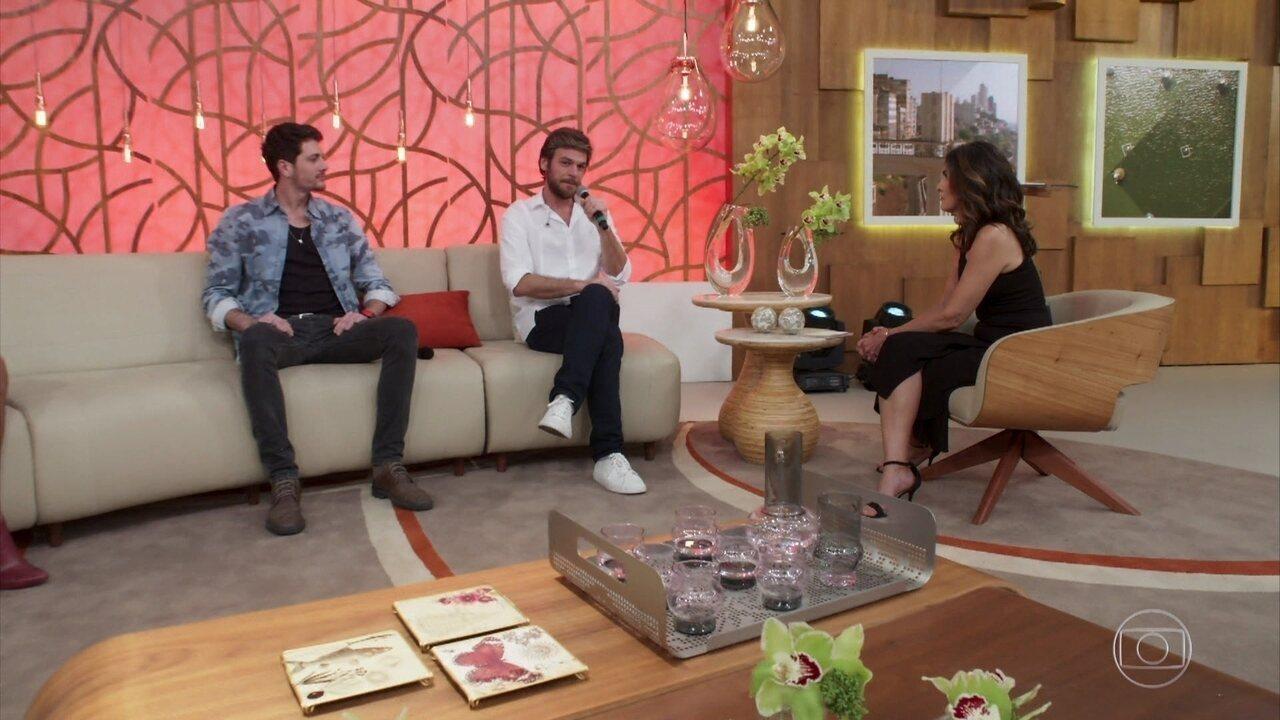 Beto declara seu amor por Luzia no Encontro com Fátima Bernardes