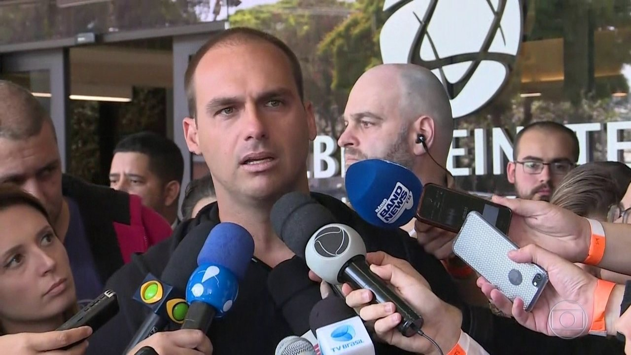 Recuperação de Jair Bolsonaro avança bem, apesar de leve anemia, segundo médicos