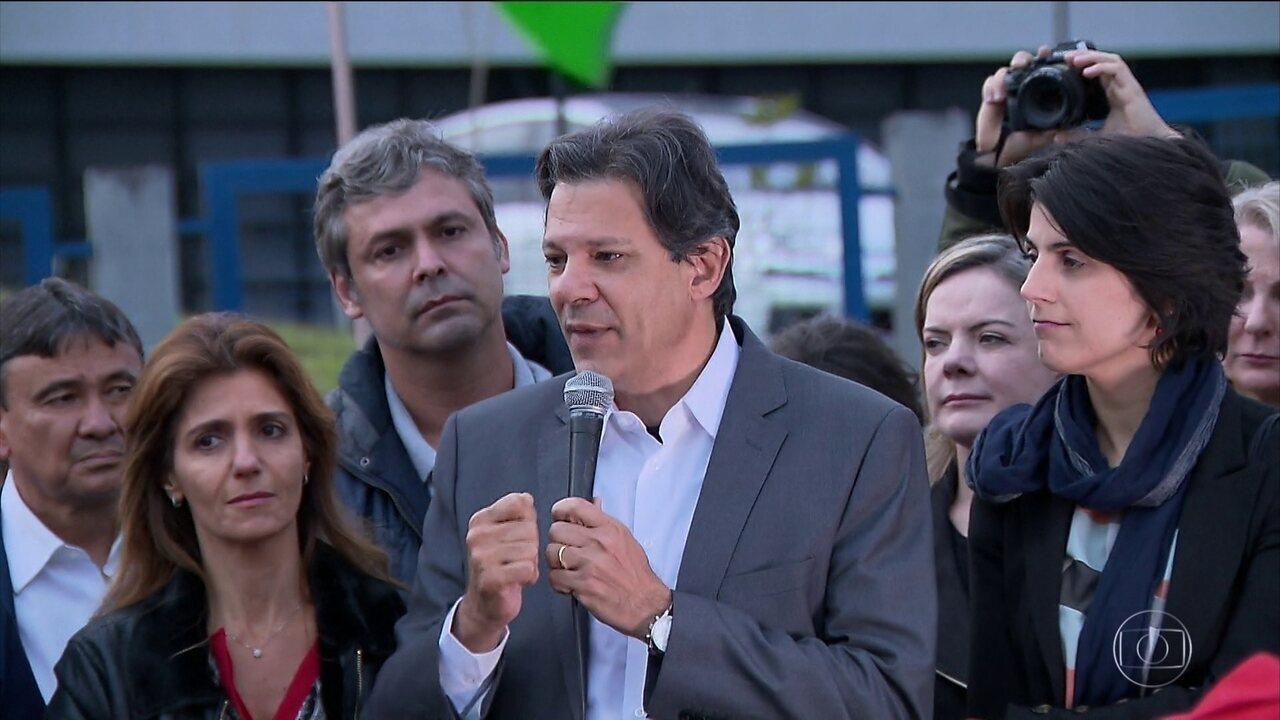 Fernando Haddad é oficializado candidato à Presidência pelo PT