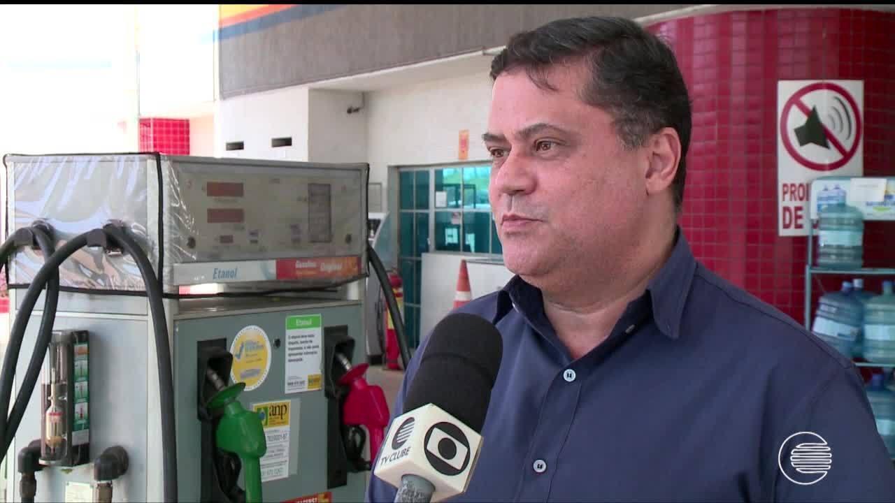 Consumidores reclamam das constantes variações do preço da gasolina