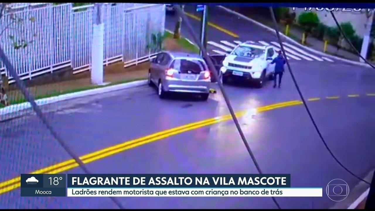 Um assalto assustou moradores da Vila Mascote nessa sexta-feira