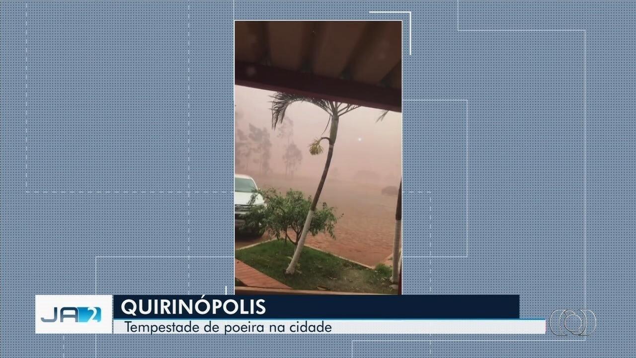 Imagens mostram 'tempestade de poeira' em Itumbiara; veja vídeo