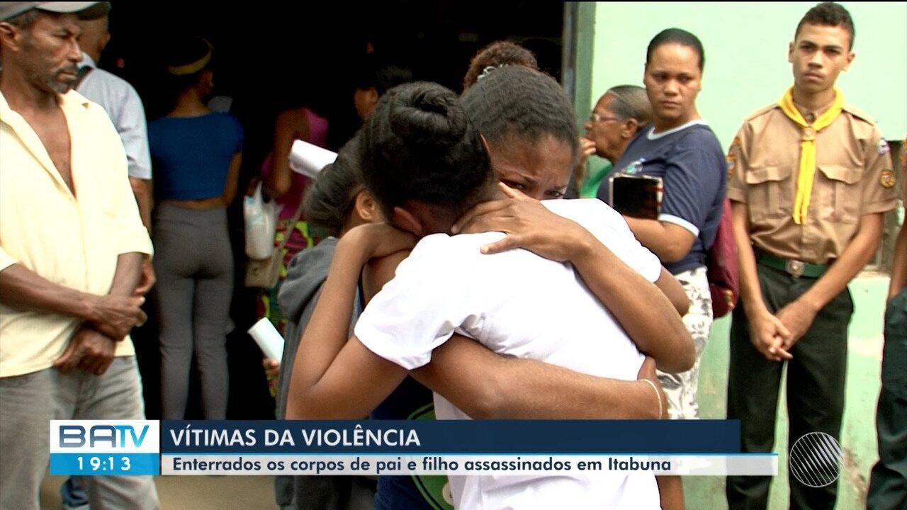 Corpo de pai e filho assassinado dentro de casa é enterrado sob forte comoção em Itabuna