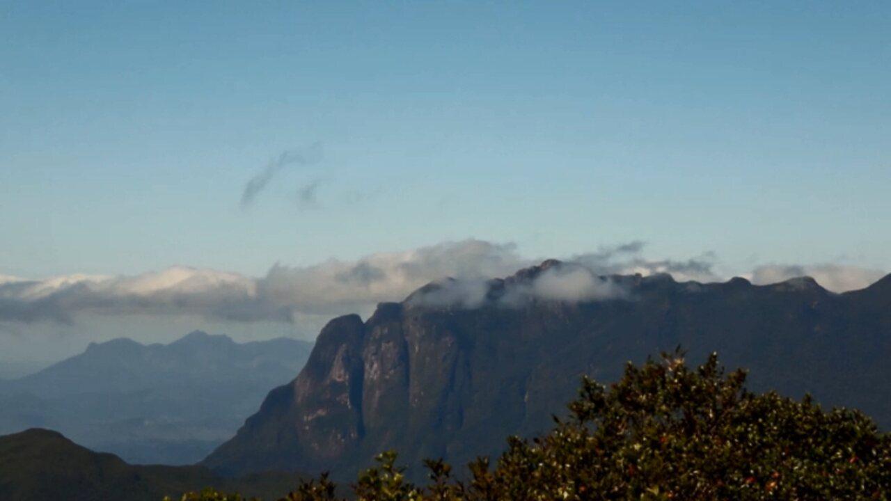 Plug continua em Quatro Barras e mostra a região do Morro Anhangava