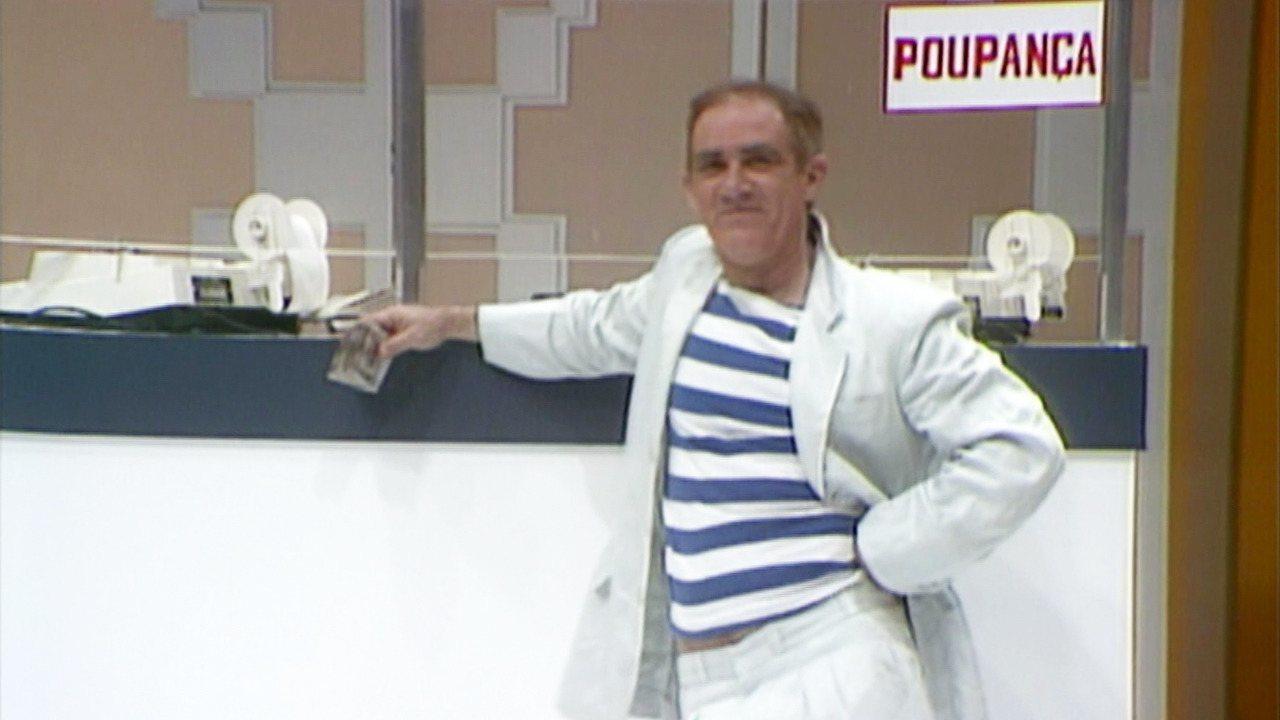 Os Trapalhões - Episódio de 24/12/1989 - Trapalhões tentam ensinar atriz de comédia a chorar. No quartel, Didi não deixa ninguém dormir. Didi aplica dinheiro na poupança.