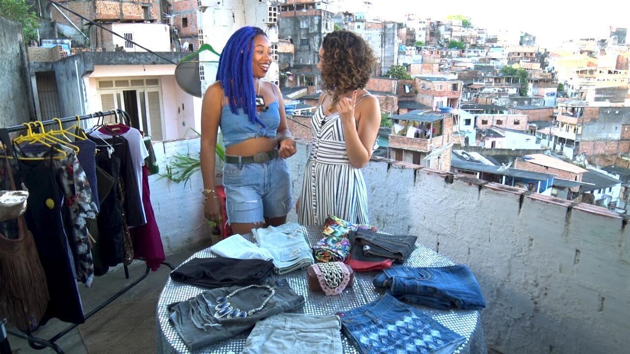 Renata Menezes conhece uma turma que usa a laje de casa para promover transformações