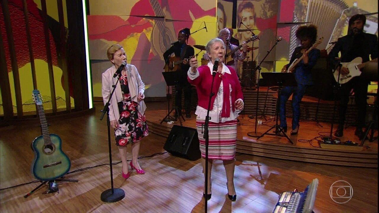 """Irmãs Galvão cantam """"Coração Laçador"""""""