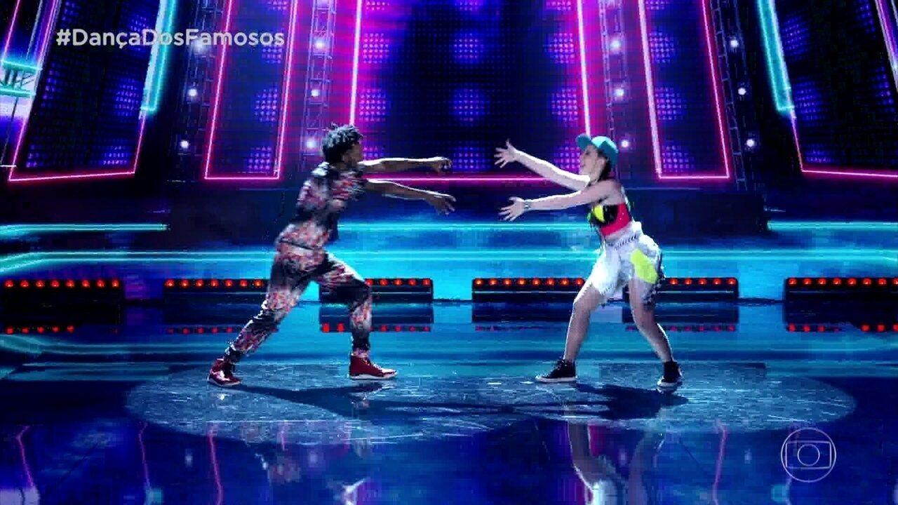 Bia Arantes ao som do funk no 'Dança dos Famosos'