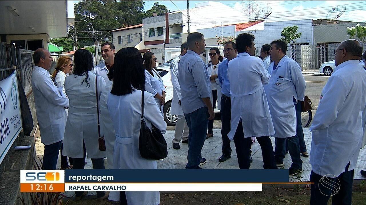 Médicos participaram de reunião com representantes da saúde