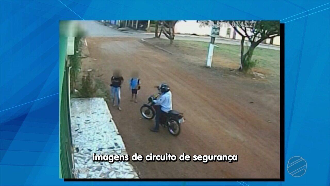 Polícia investiga assalto a alunos que estavam a caminho da escola