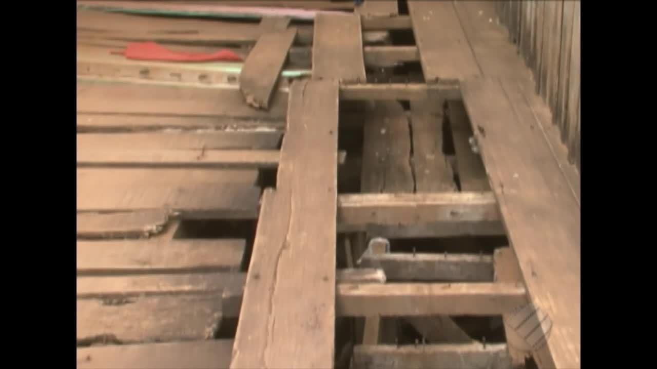 Risco de desabamento preocupa moradores de comunidade de Altamira, no sudoeste do Pará