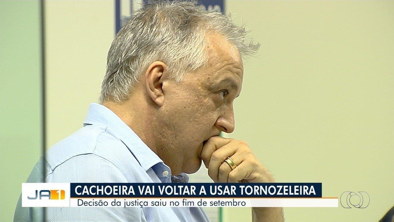Justiça determina que Carlinhos Cachoeira volte a usar tornozeleira eletrônica
