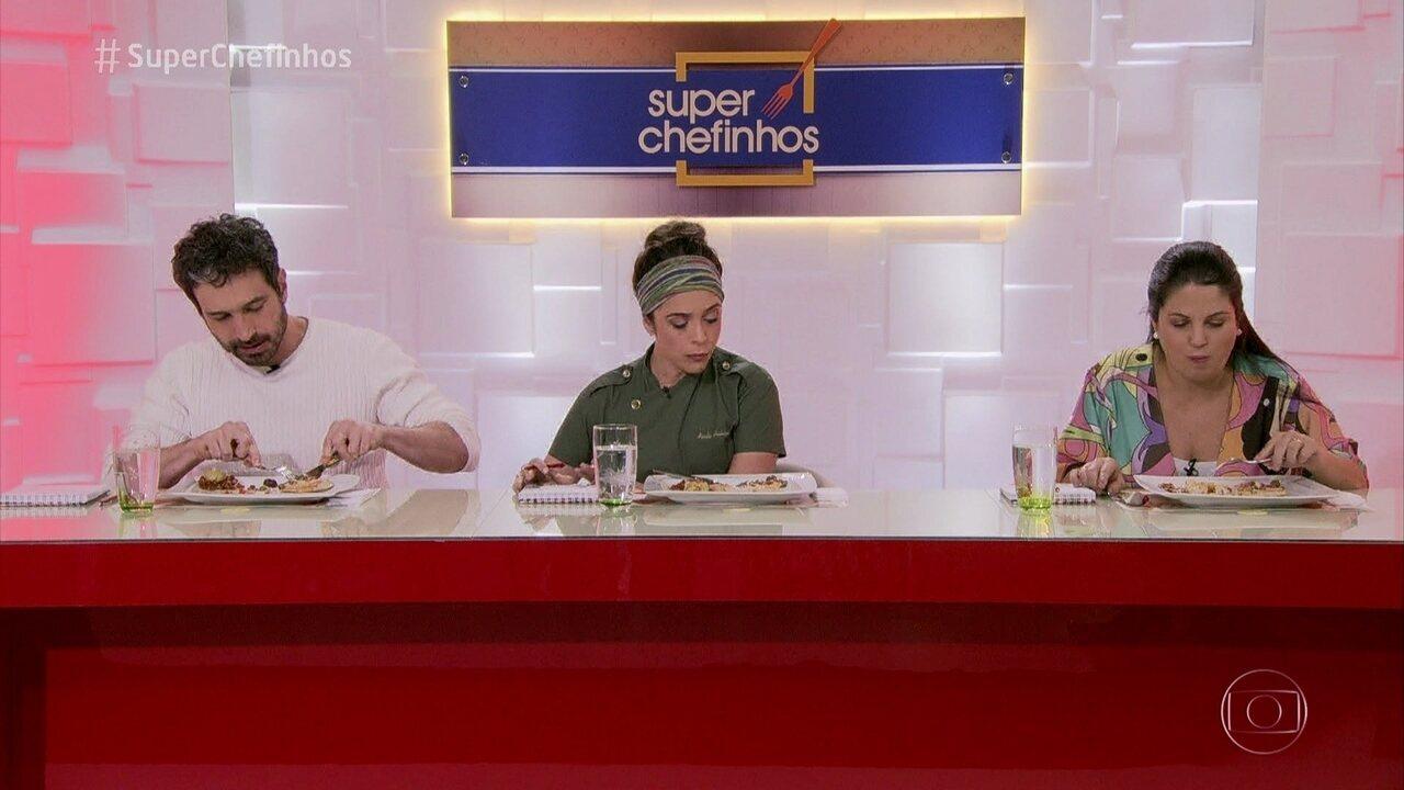 Jurados avaliam pratos das semifinalistas do 'Super Chefinhos'. Confira as avaliações!