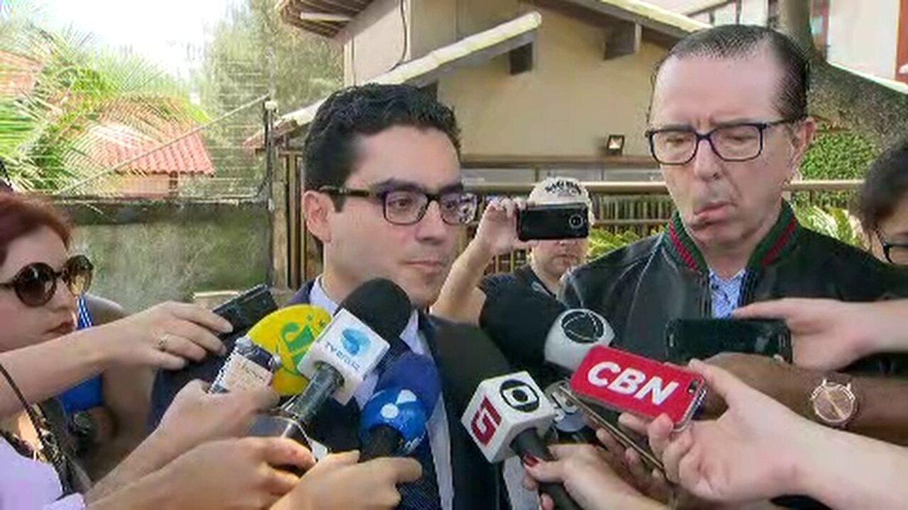 Equipe médica de Jair Bolsonaro não libera o candidato para fazer campanha