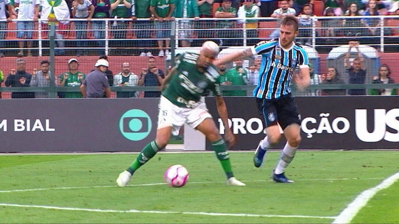 535eb0402e Melhores momentos  Palmeiras 2 x 0 Grêmio pela 29ª rodada do Brasileirão  2018