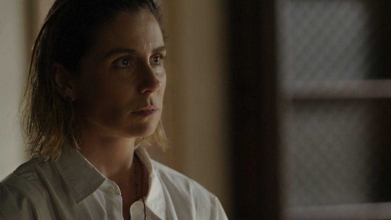 Ícaro revela a Luzia que Valentim é seu filho