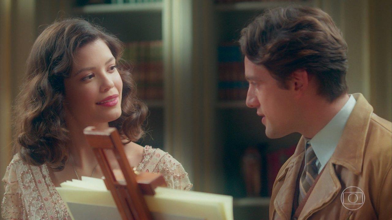Danilo (Rafael Cardoso) e Julia (Vitória Strada) têm sua primeira aula, na novela 'Espelho da Vida'