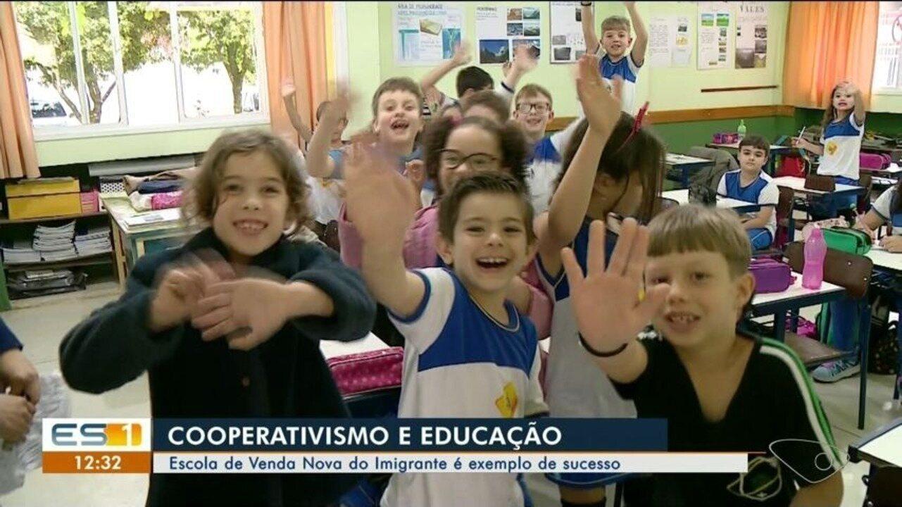 Escola de Venda Nova do Imigrante ensina cooperativismo