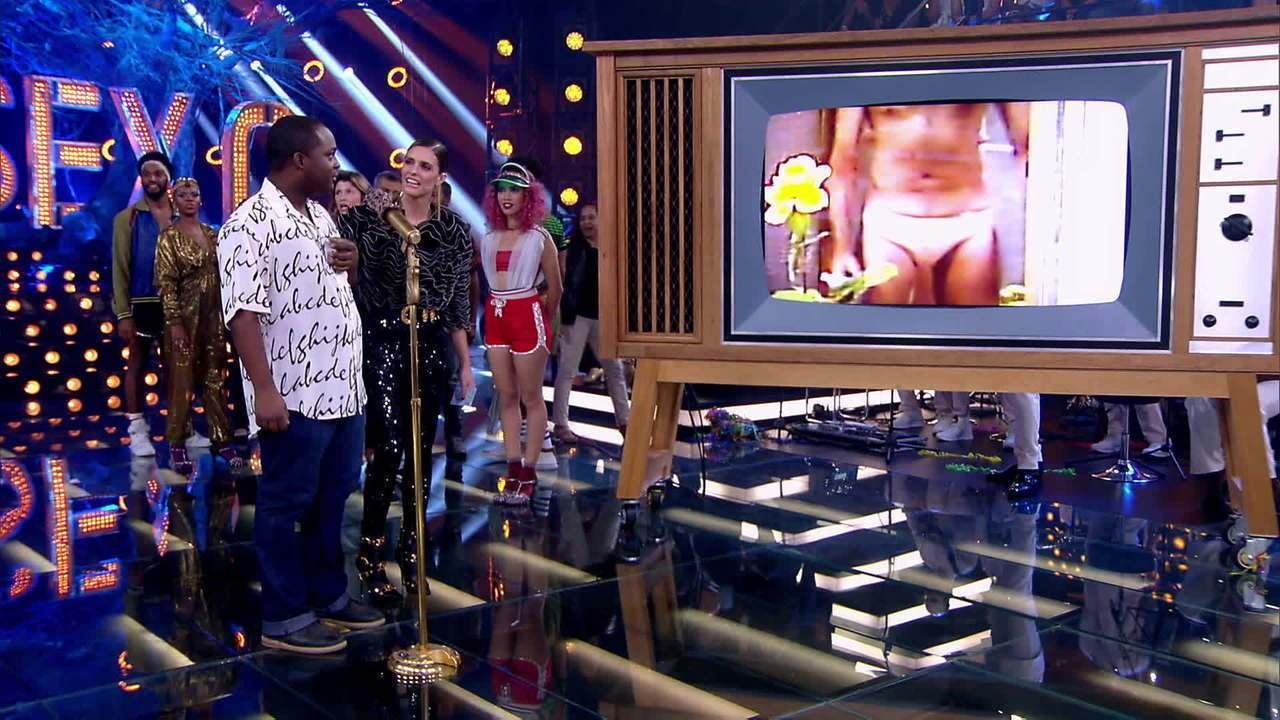 Fernanda Lima relembra alguns 'nudes' famosos