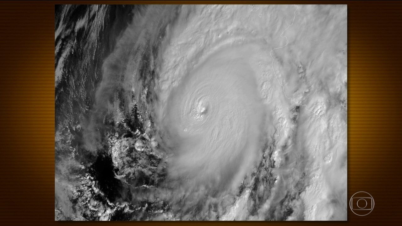 México se mobiliza para a chegada de furacão