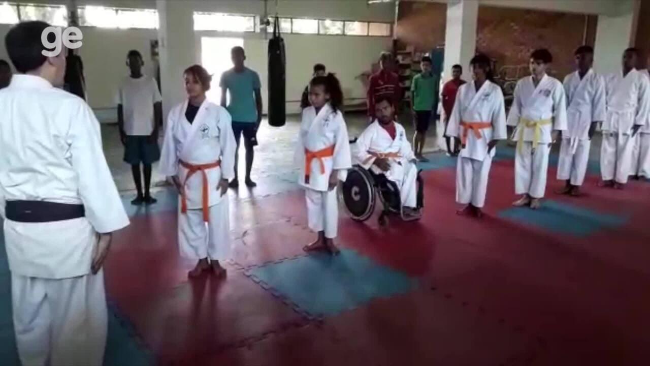 Resultado de imagem para Conheça a história de superação do carateca Cláudio Henrique, que nasceu com paralisia cerebral