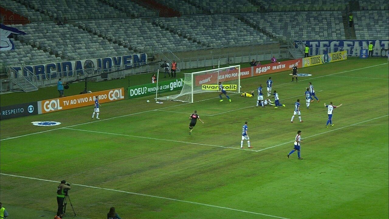 a568d338bc8b9 Melhores momentos  Cruzeiro 3 x 1 Paraná pela 31ª rodada do Brasileirão 2018